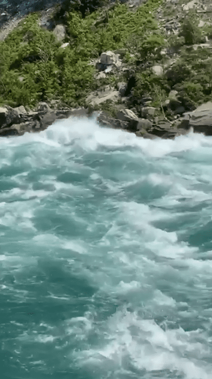 White water Walk niagara falls