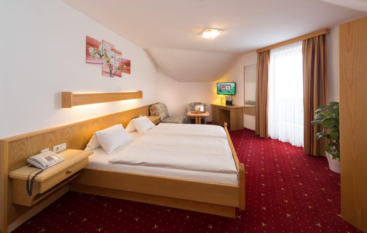 Doppelzimmer Alpenblick