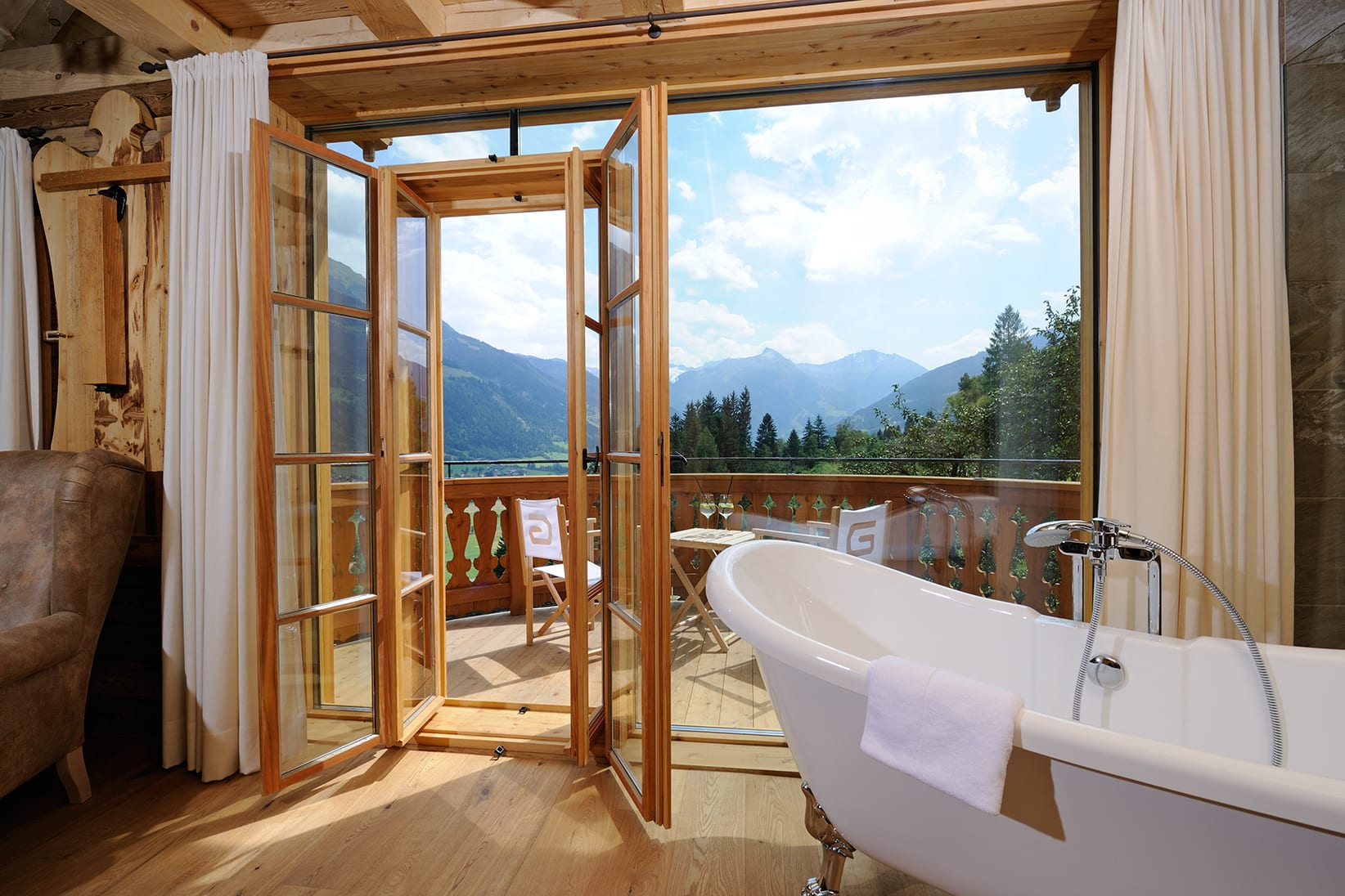 Hotel DAS.GOLDBERG Bad Hofgastein Yoga mit Alexey Gaevskij: Let Go. Be Happy -