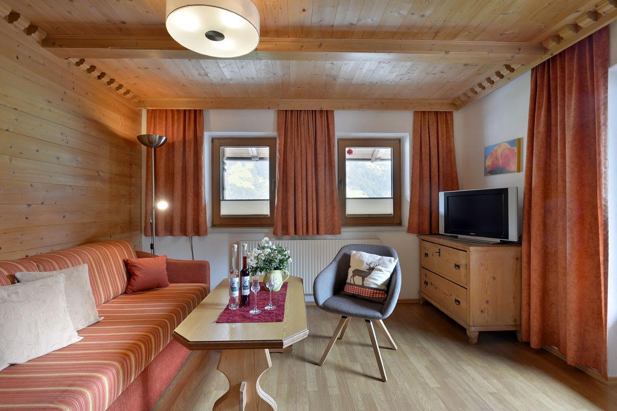 Appartement mit Balkon