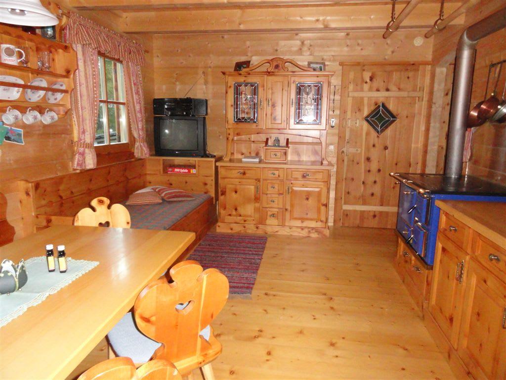 Living room/open-plan kitchen