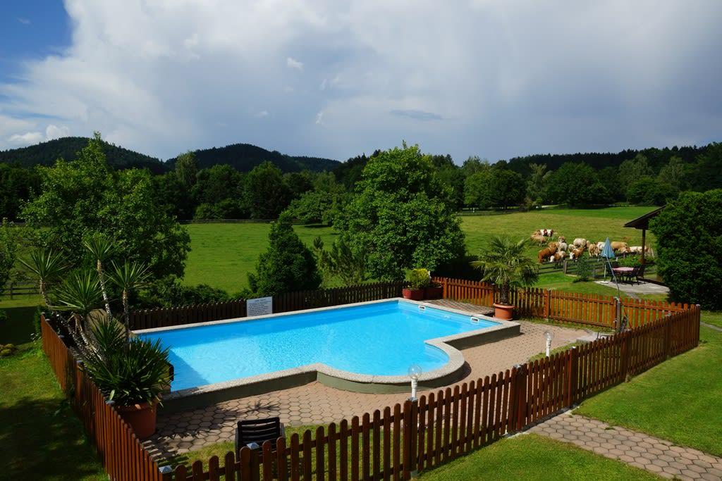 beheizter Swimming-Pool