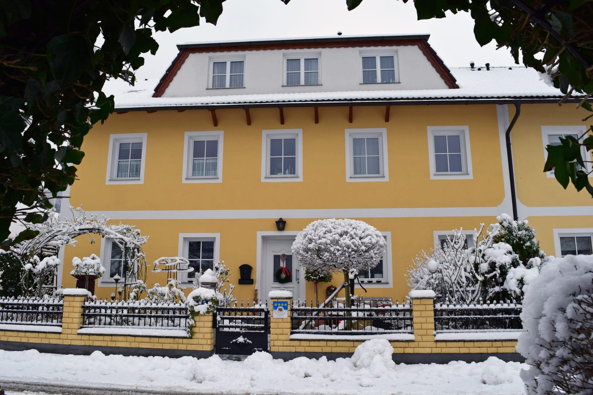 Haus Zehetner - Hausansicht Winter (Foto: © Familie Schabel-Zehetner)