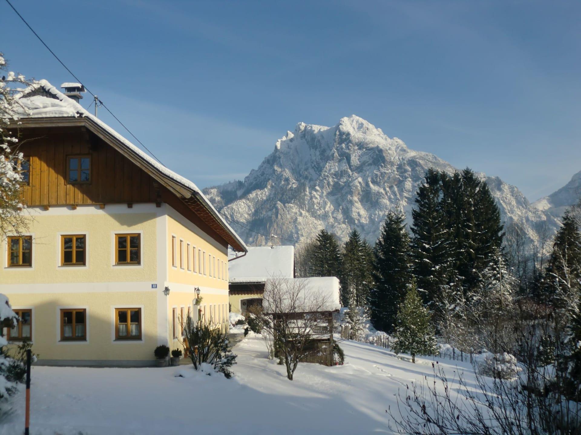 Winterkulisse mit Traunsteinblick