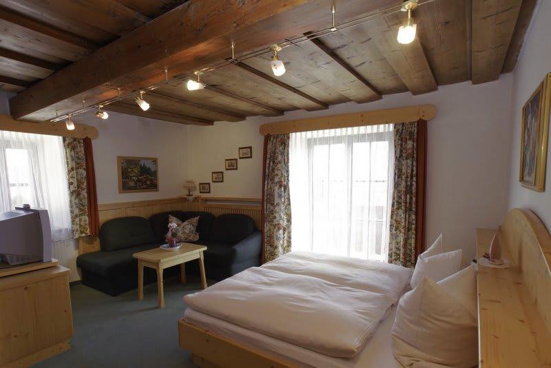 Doppelzimmer mit Seeblick 1