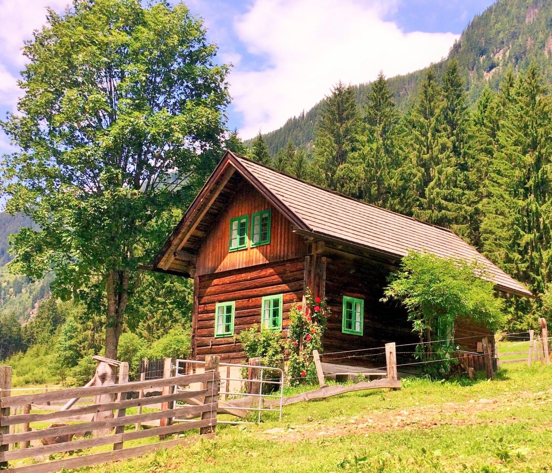Gemütliche Hütte