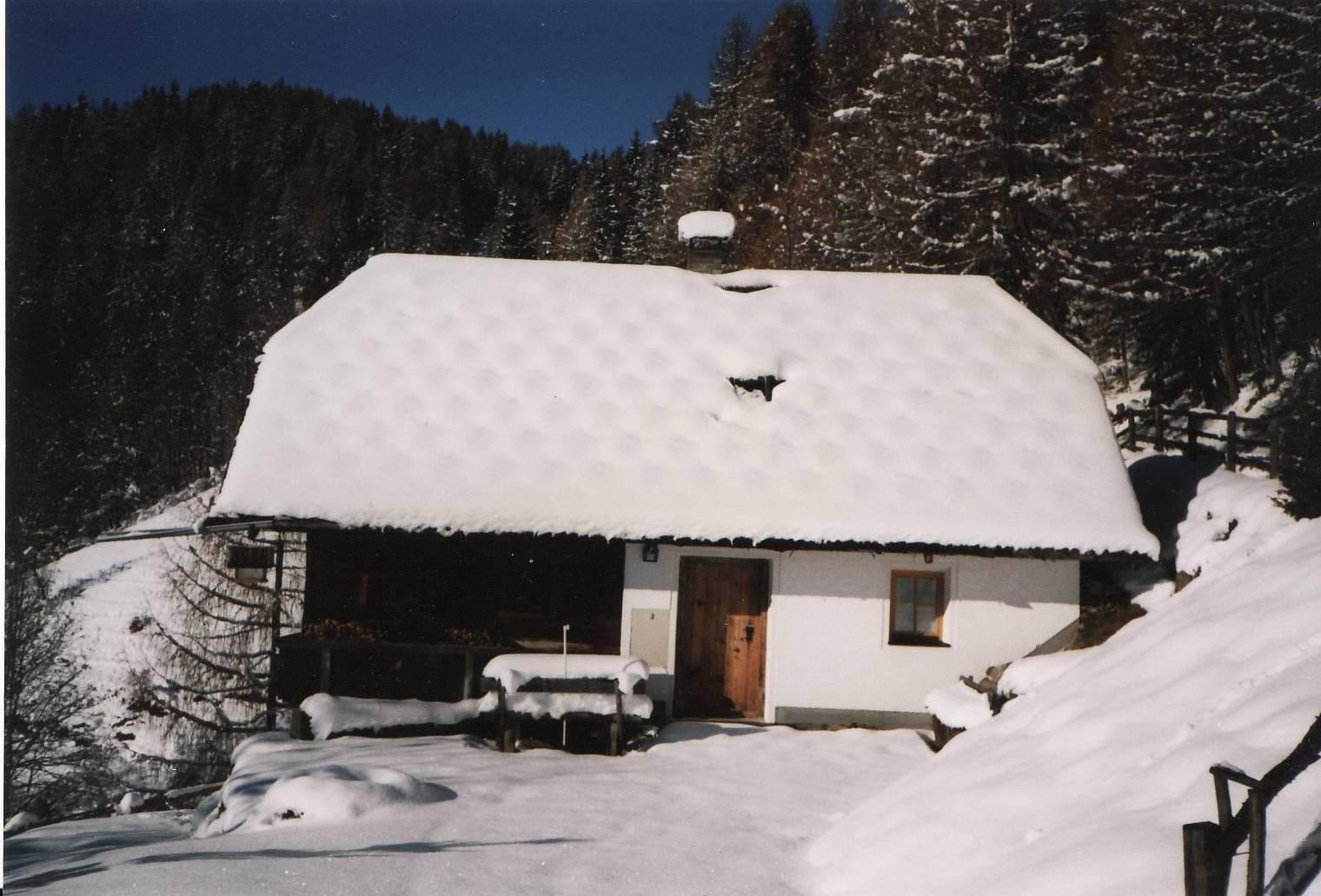 Die Roanerhütte im Winter