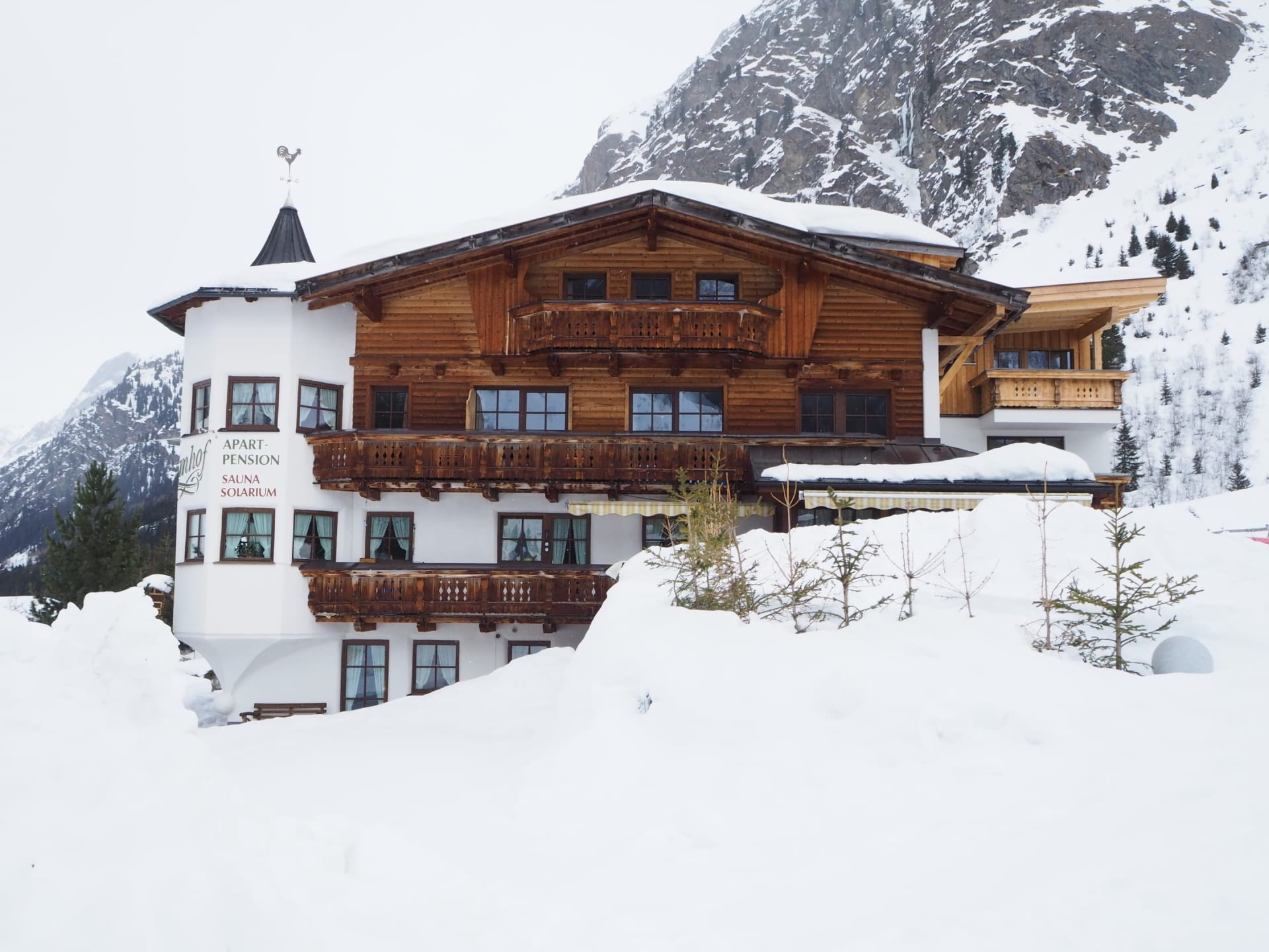 Apartpension Almhof - Reithof Pitztal