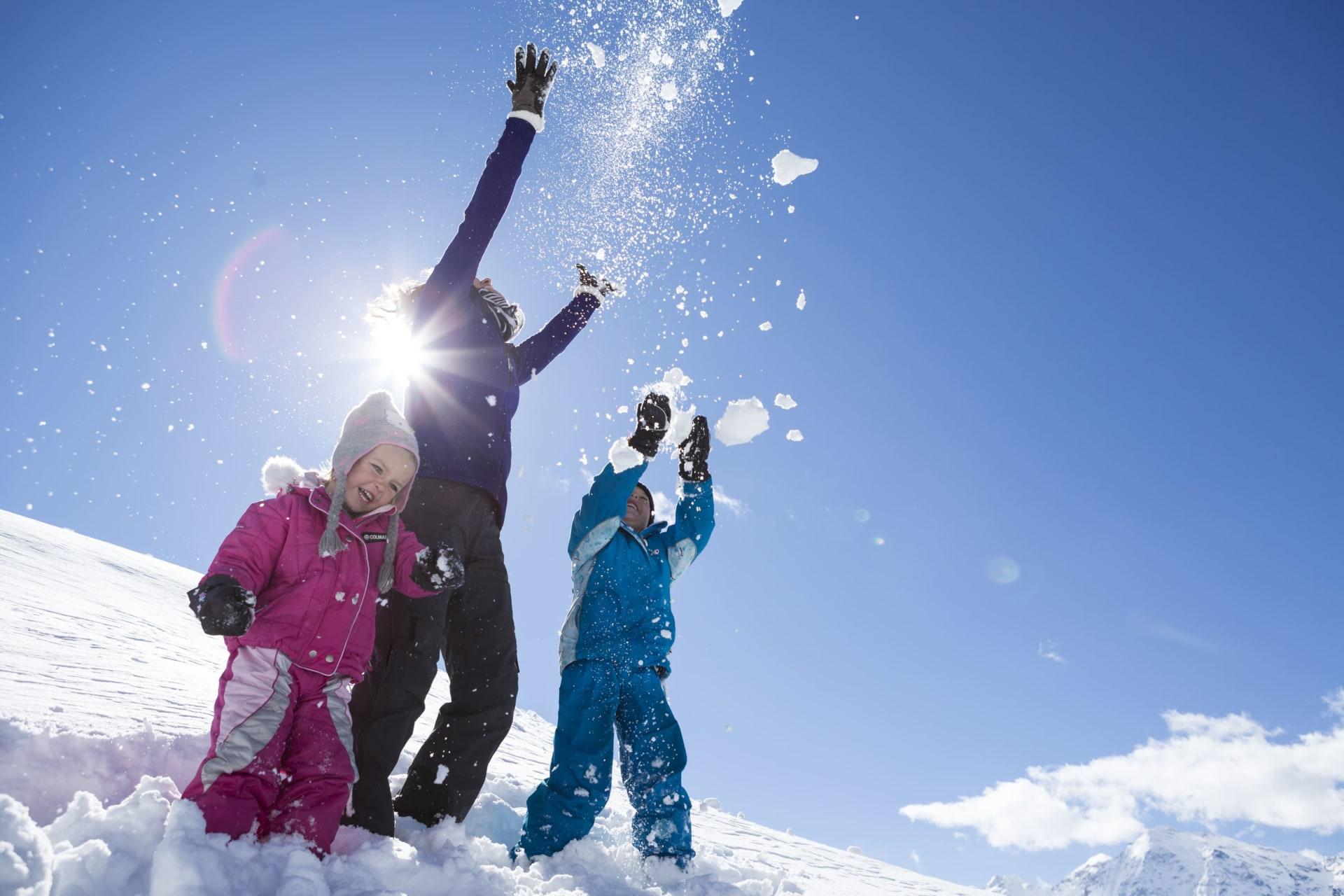 Schnee, Schnee, Schnee und viel, viel Sonne