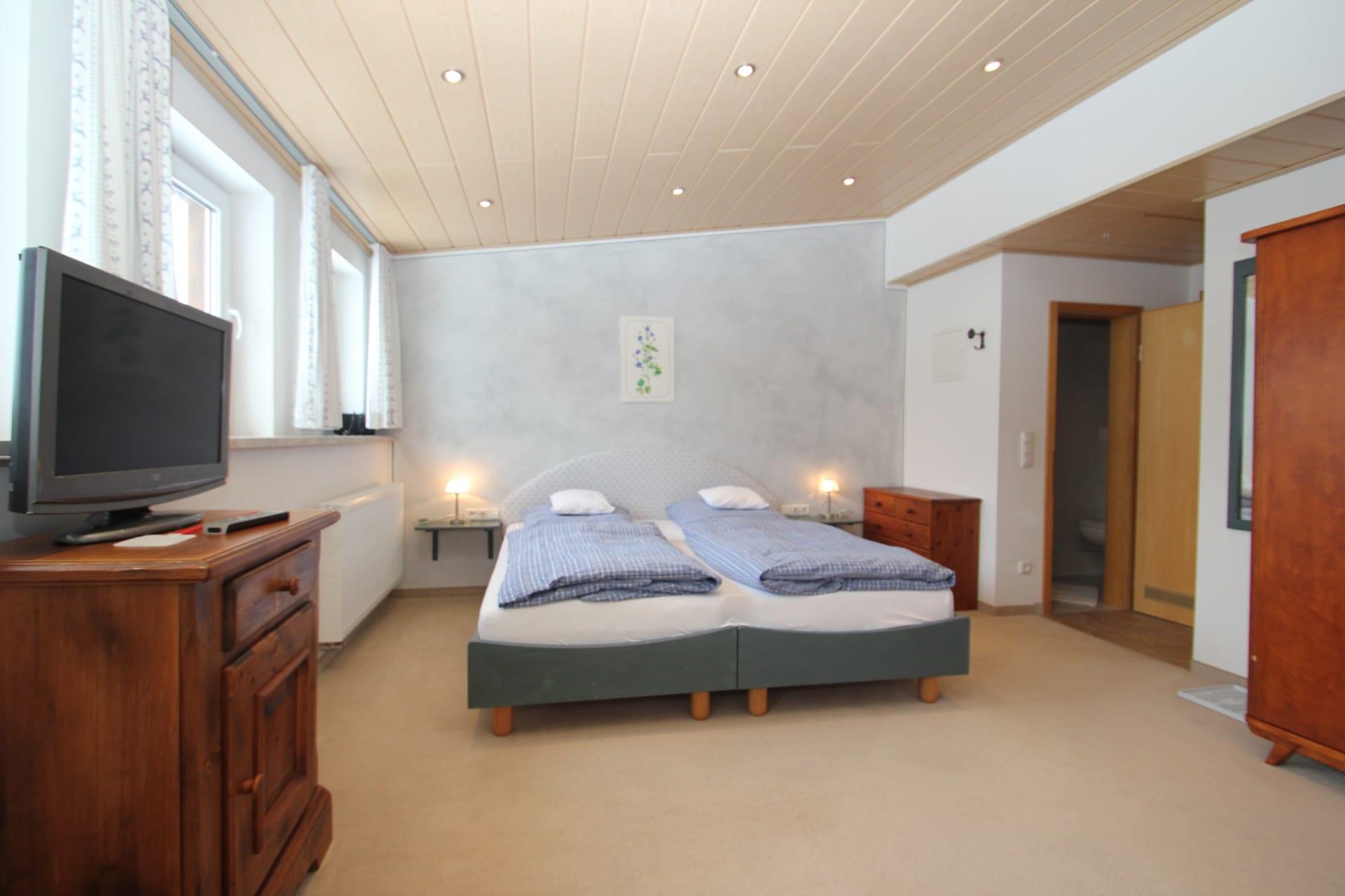 Zimmer 6 (Akelei)