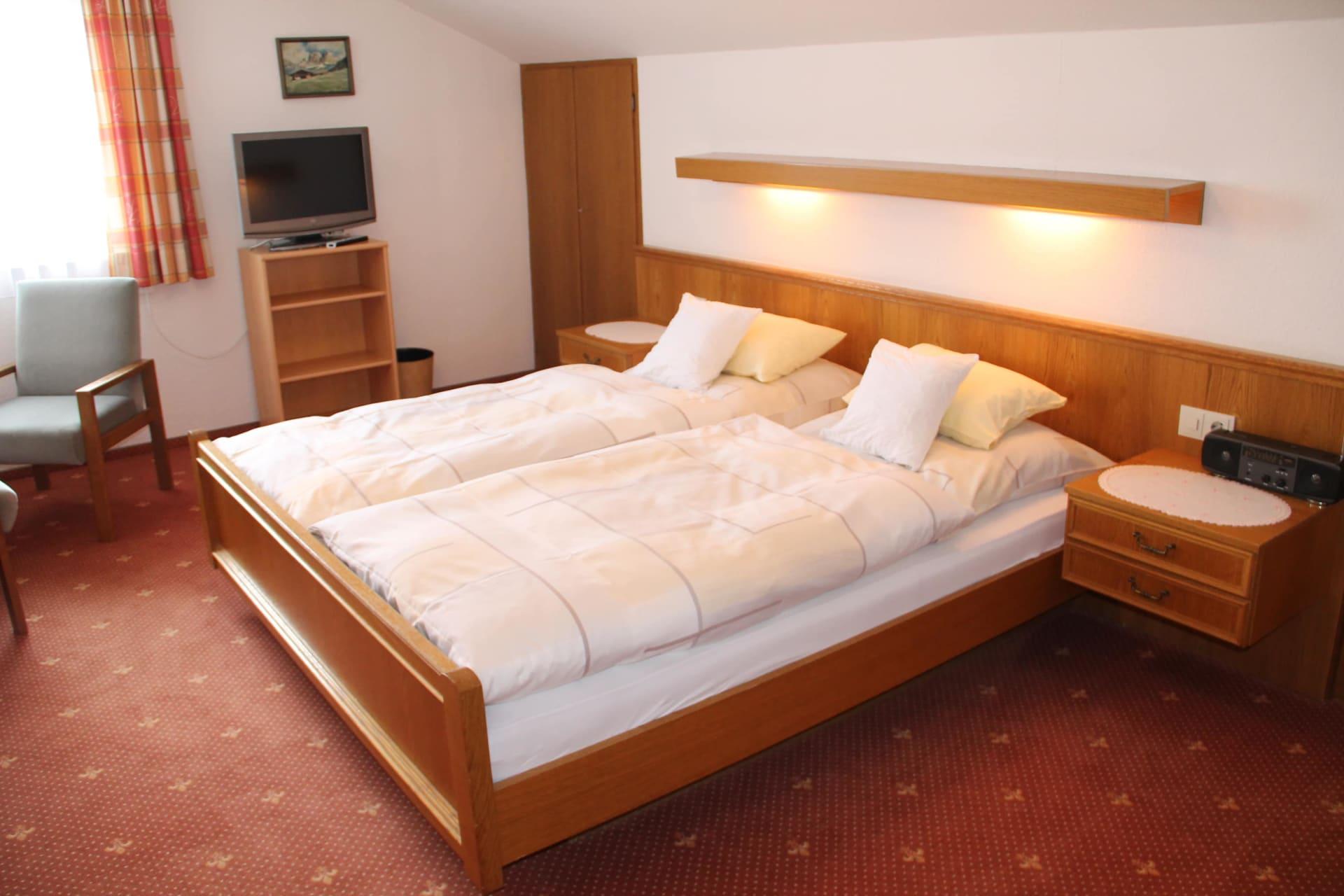 Zimmer 9 (Dahlie)