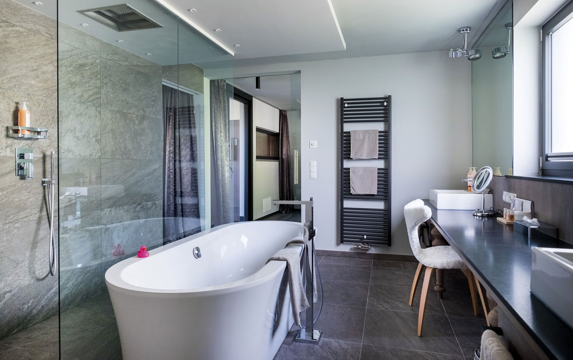 Bathroom Luxury Penthouse Suite DolceVita Premium