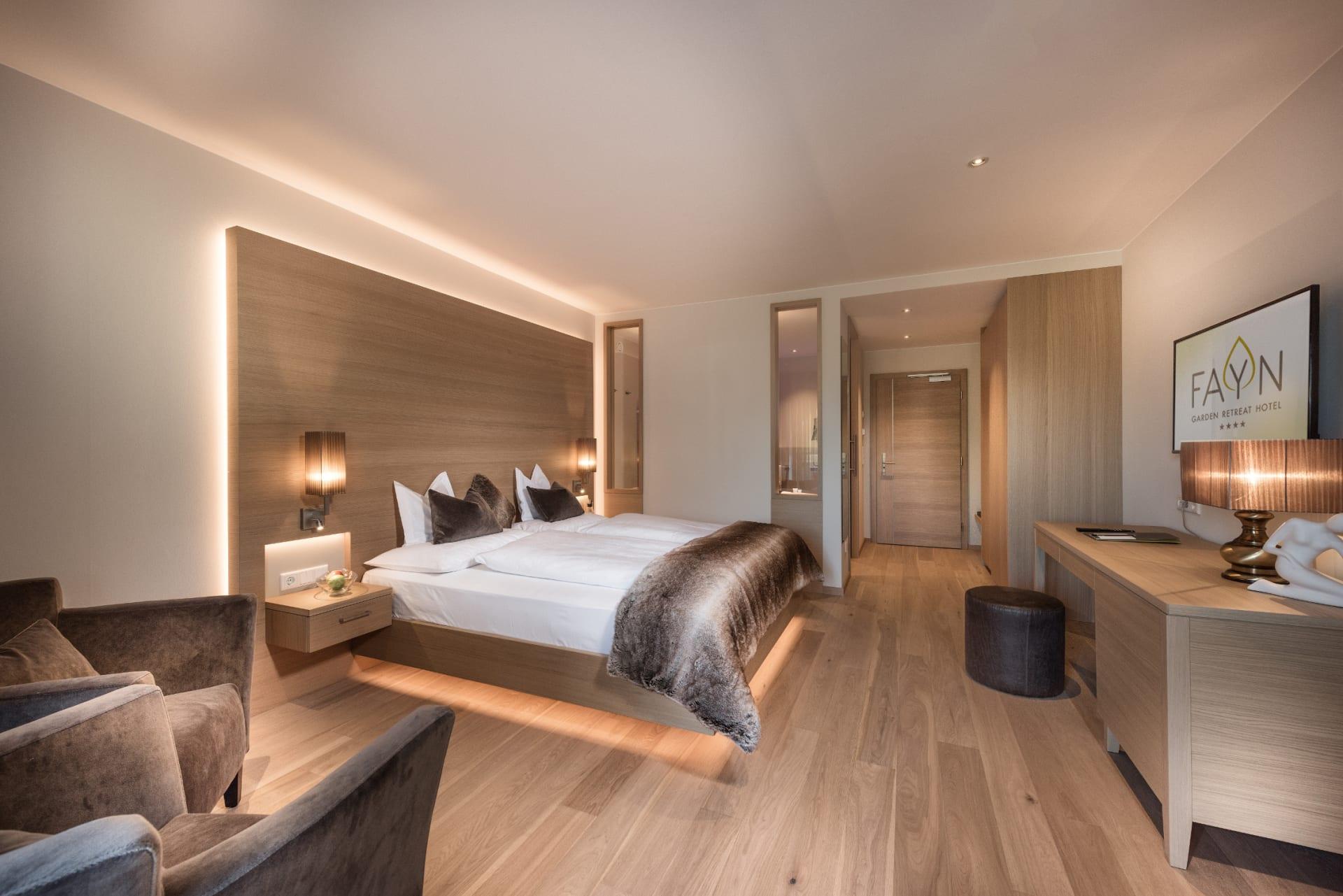 Zimmer-Detail - HOTEL FAYN · 4 Sterne Hotel in Algund bei Meran