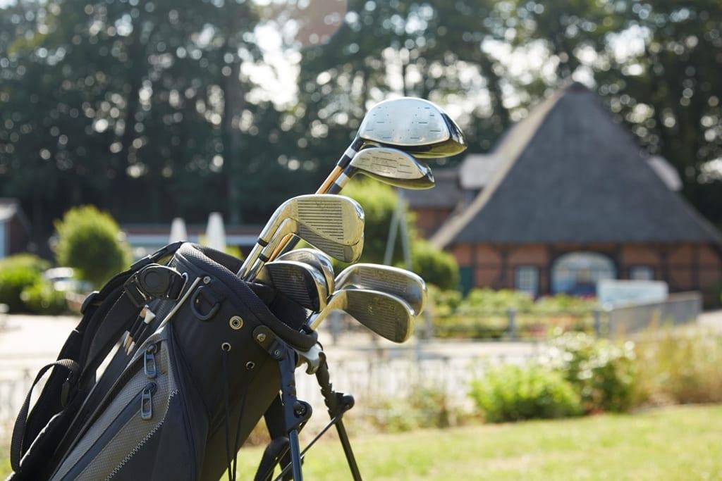 Golf hoch 3