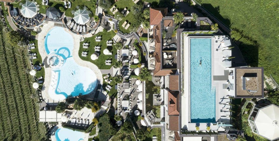 Sommer,  Pools  & Dolce Vita