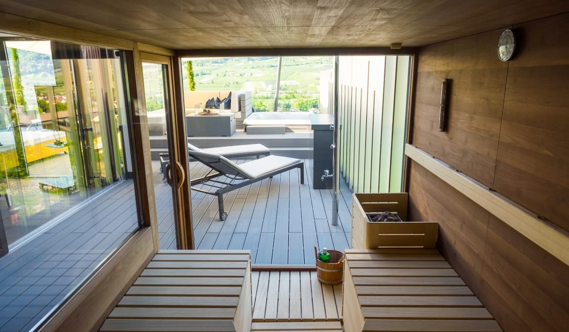 Penthouse Suite DolceVita Premium Finnische Außensauna