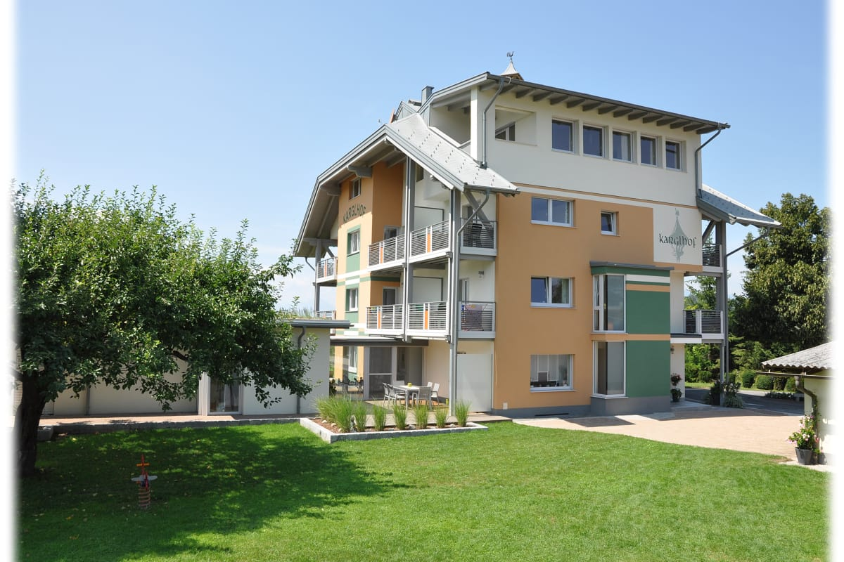 Ferienwohnungen & Bungalows am Faaker See - Karglhof OG