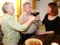 Weinverkostung im Weinkeller des Kellerstöckls