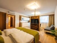 See Suite