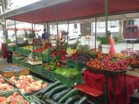 Obst- und Gemüsestand Podersdorf
