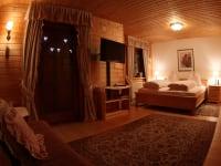Hauptschlafzimmer m Ausziehcouch