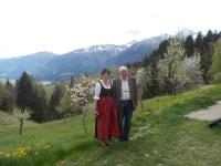 die Bauersleute Traudi und Rudi