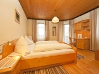Doppel bzw. Dreibettzimmer