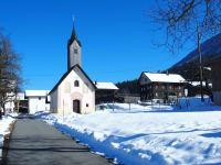 Anfahrt - nach der Kapelle (Kirche) rechts abbiegen