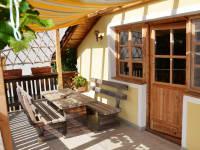 Terrasse der Knechtwohnung