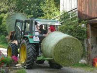 Traktor fahren mit Hansi