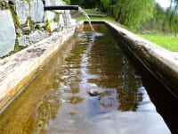 Brunnen vor der Hütte