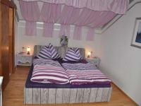 Unser Lavendelzimmer lädt zum Entspannen ein.
