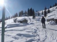 Winterspaziergänge bei guter Schneelage! Am Hof haben wir 4 Paar Schneeschuhe die wir gerne ohne Gewähr bereit stellen!