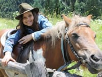 Pony Bibi mit Saime
