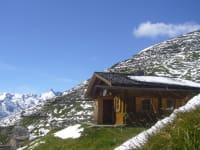 Spring slowly arrives in the high-altitude mountains