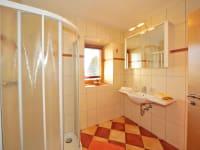 Badezimmer Doppelzimmer mit Balkon