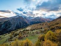 Landschaft vor der Goldgräberhütte