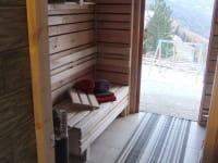 Von ger Sauna aus geht es direkt ins Freie