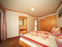 Burgblick Elternschlafzimmer