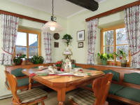 Küche und Frühstücksraum