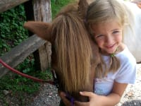 Valentina mit Pony Laura