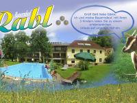 Hausbild mit Pool