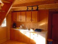 Küche mit Regale