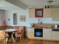 Küche und Essbereich in der FeWo Julia