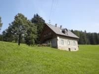 Hütte im Sommer
