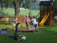 Kreisel am Spielplatz