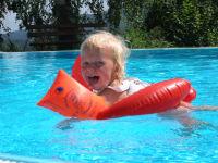 Schwimmbad beheizt