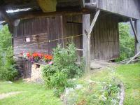 Wirtschaftsgebäude neben der Hütte (f. Holz, Müll...)
