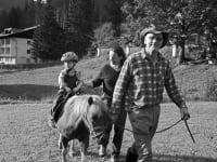 Ponyreitene für die Kleinen