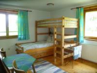 Etagenbett Wohnung Tschamutsch